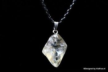 Krachtig medium bergkristal uit Minas Gerais incl. leren halskoord C544