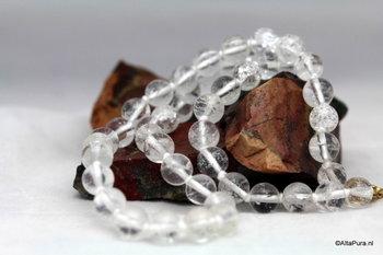 Bergkristal is een steen met geneeskracht en bij uitstek geschikt voor healings A336