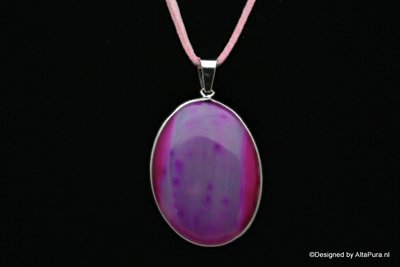 Verzilverde Talisman van Pink agaat incl mooi suède halskoord C519