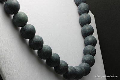 Grote matte kralen obsidiaan collier  C2099
