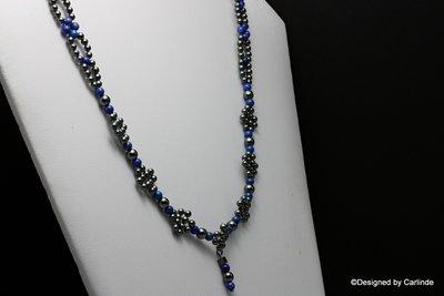 Mooie Lapis lazuli kralen verwerkt in native streng patroon van hematiet kralen    C598