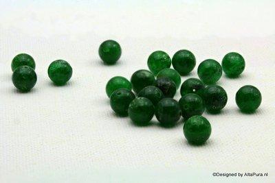 Ca 22 Schitterend donkergroene kralen 8 mm van  Smaragd Agaat K423