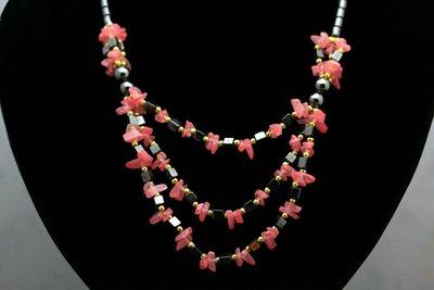 Mooi easydesign collier van Hematiet met Strawberry quarz C424
