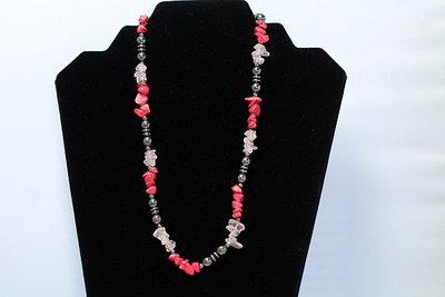 Mooi easydesign collier van Hematiet met rode Koraal en Rozenquarz C425