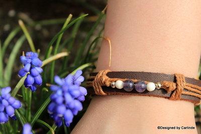 Mooi leren armband met Zuiverende Amethyst A2228