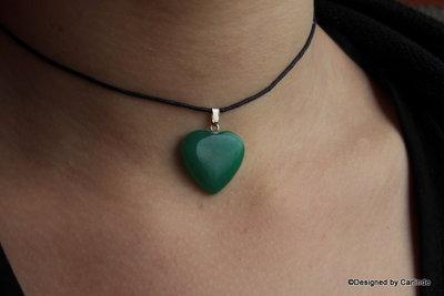 Amulet  met mooi Groen Agaat Hartje  C682