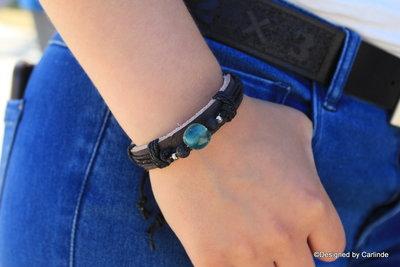 Beschermend leren armband met Fluorie  A2241