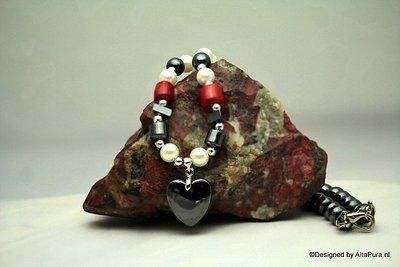 Schitterend Hematiet, rode koraal  Collier C275