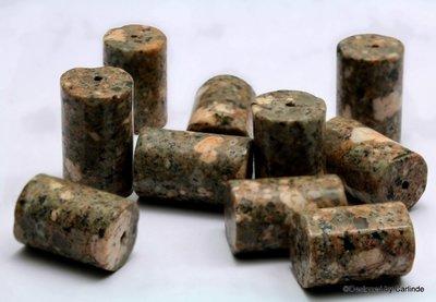 Ca 10 Unieke blok kralen Sea Bed Jaspis K2099