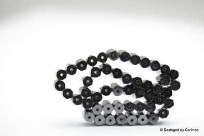 50 Schitterend  gefacetteerde tube kralen van Magnetiet K535_410